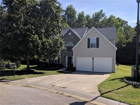 Photo of 435 Rolling Stream Dr, Rock Hill, SC 29732