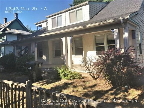 Photo of 1343 Mill St Apt A, Eugene, OR 97401