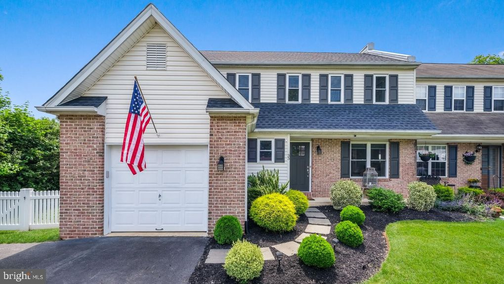 33 Campbell Ave Doylestown, PA 18901