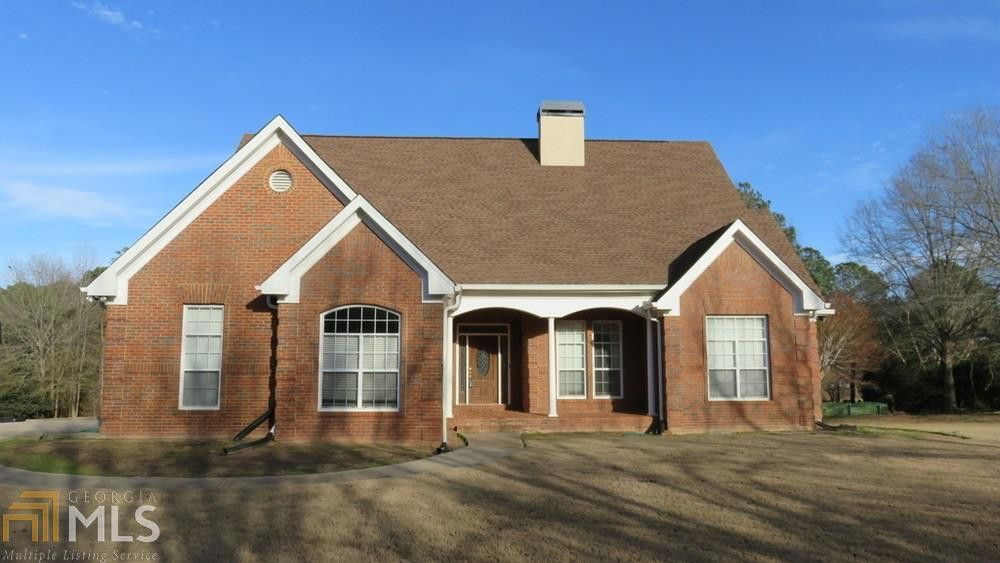 100 Whipporwill Dr Oxford, GA 30054