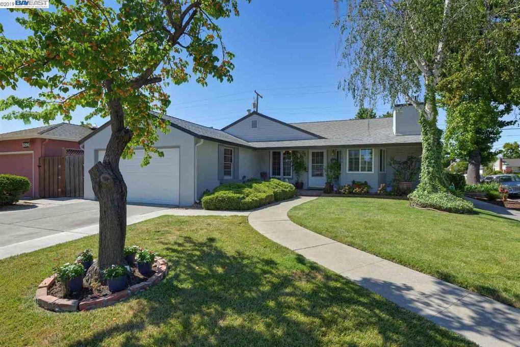 2298 Peachtree Ln San Jose, CA 95128