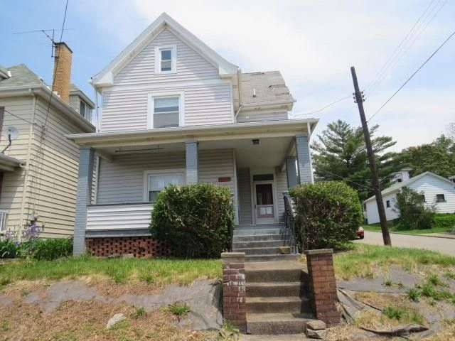 1201 3rd Ave Conway, PA 15027