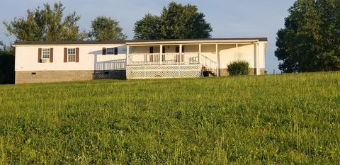 Photo of 1376 Pollys Bend Rd, Lancaster, KY 40444