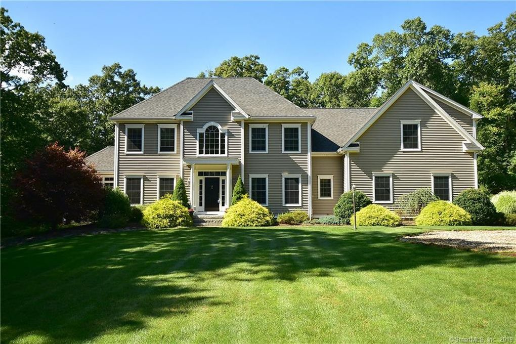 45 Birch Hill Dr Tolland, CT 06084