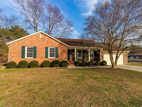 Photo of 12 Hunts Neck Rd, Poquoson, VA 23662