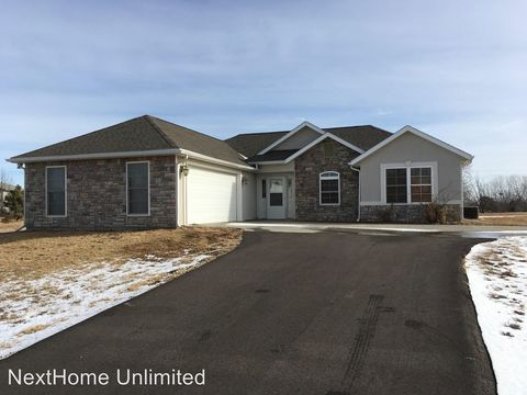 Photo of 9016 Ridge Ln, Milford, KS 66514