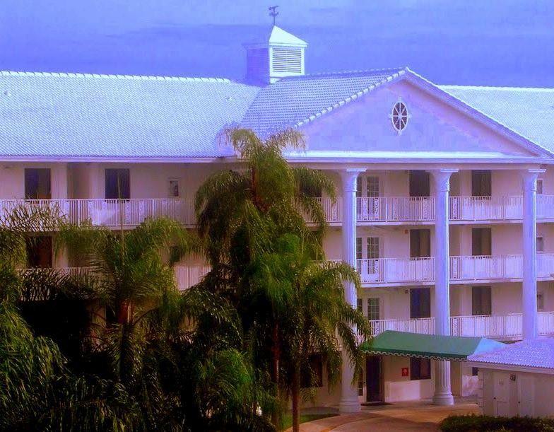 2621 Village Blvd Unit 13-404 West Palm Beach, FL 33409