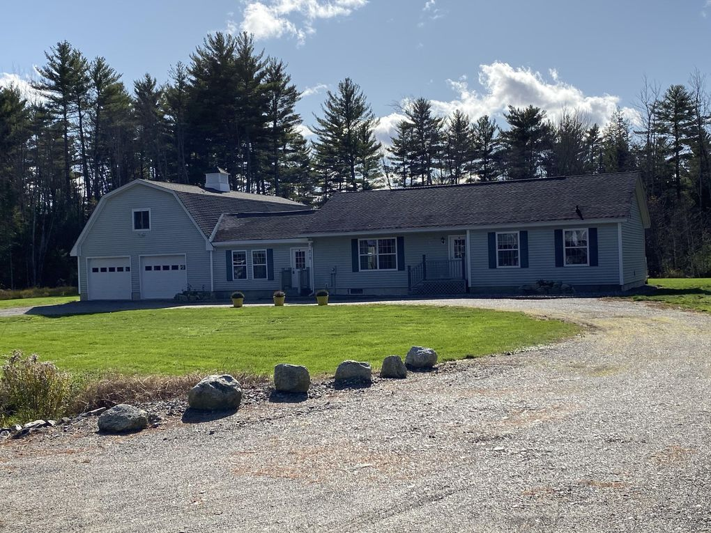 210 Scotts Point Rd Clifton, ME 04428