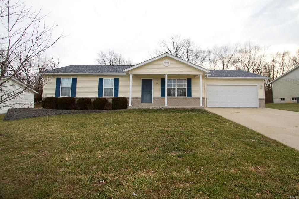 264 Parkway Dr Troy, MO 63379