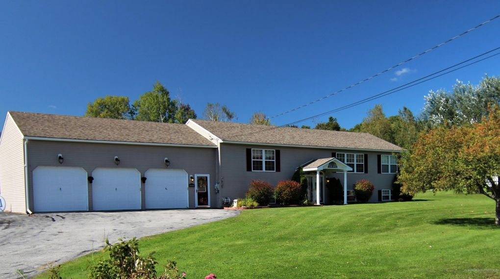 2015 Glenwood Ave Hermon, ME 04401