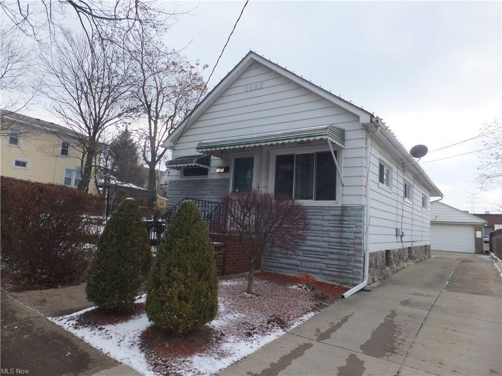 7520 Bancroft Ave Garfield Heights, OH 44105