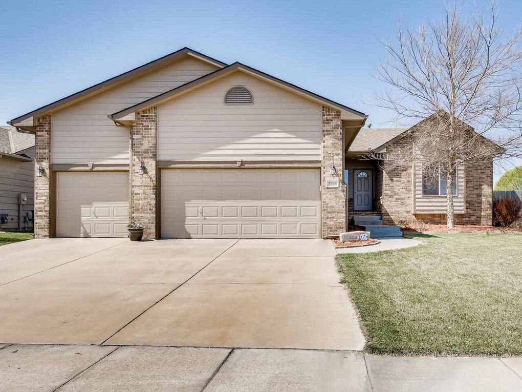 3705 N Pepper Ridge St Wichita, KS 67205