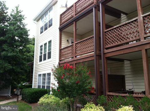 Photo of 10165 Oakton Terrace Rd, Oakton, VA 22124