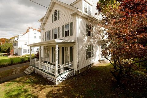 Photo of 52 Elm St, Westerly, RI 02891
