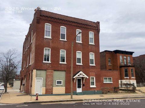 Photo of 2925 Wyoming St Unit 2 W, Saint Louis, MO 63118