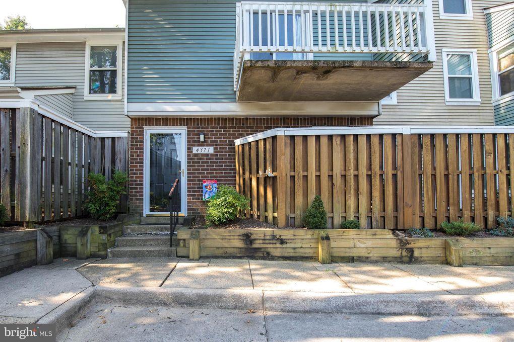 4371 Pembrook Village Dr Unit 59 Alexandria, VA 22309