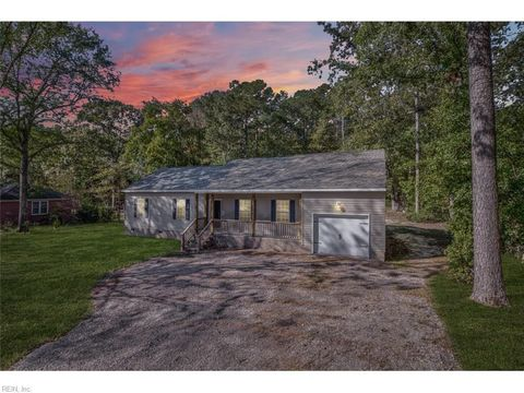 Photo of 19090 Lakeside Dr, Southampton County, VA 23837