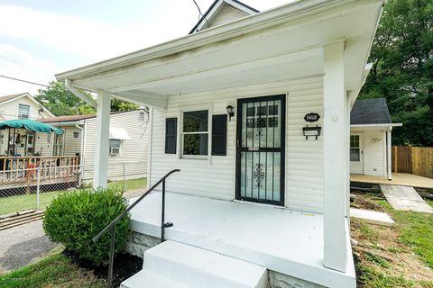 Photo of 1452 Oakwood Ave, Louisville, KY 40215