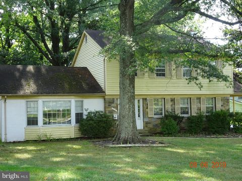 Photo of 516 Nelson St, Rockville, MD 20850