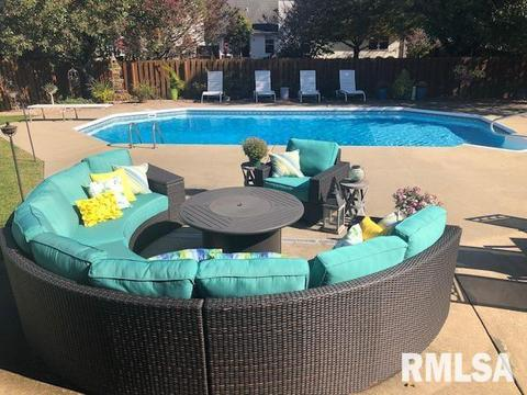 With Swimming Pool - Homes for Sale in Chatham, IL | realtor ...