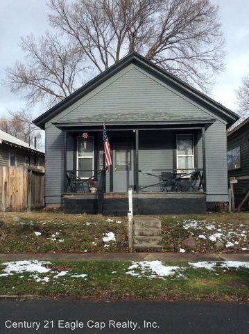 Photo of 1407 W Ave, La Grande, OR 97850