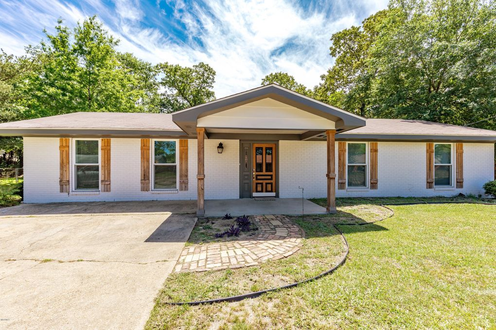 2225 Popps Ferry Rd Biloxi Ms 39532 Realtor Com