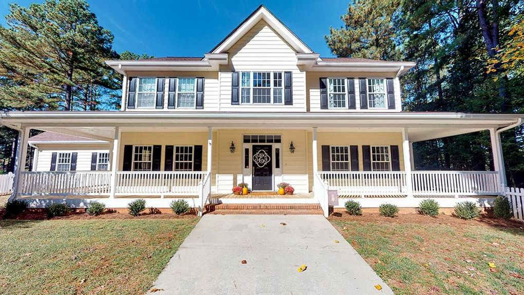 1002 Deer Run Cir Blanch, NC 27212