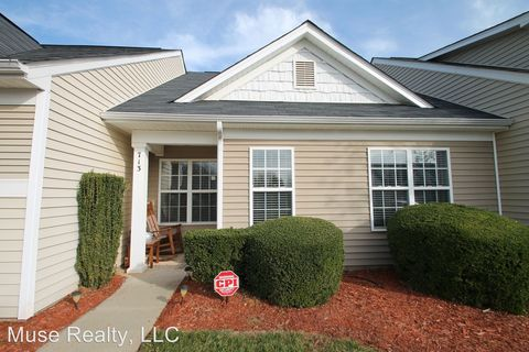 Photo of 713 Waterfall Way, Clover, SC 29710