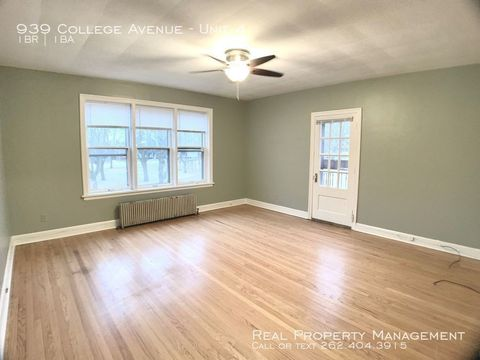 Photo of 939 College Ave Unit 4, Racine, WI 53403