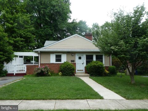 Photo of 3905 Lantern Dr, Silver Spring, MD 20902