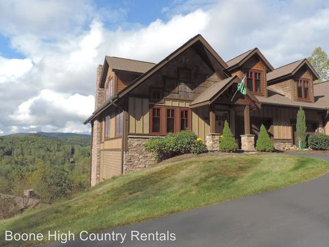Photo of 243 S Camp Rd Unit 401, Boone, NC 28607