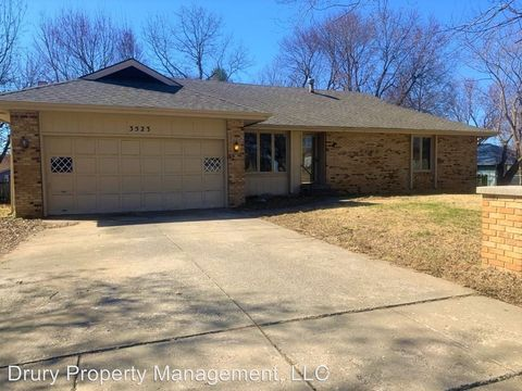 Photo of 3523 S Dollison Ave, Springfield, MO 65807