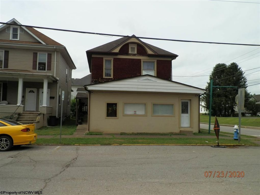 357 Court Ave Weston, WV 26452