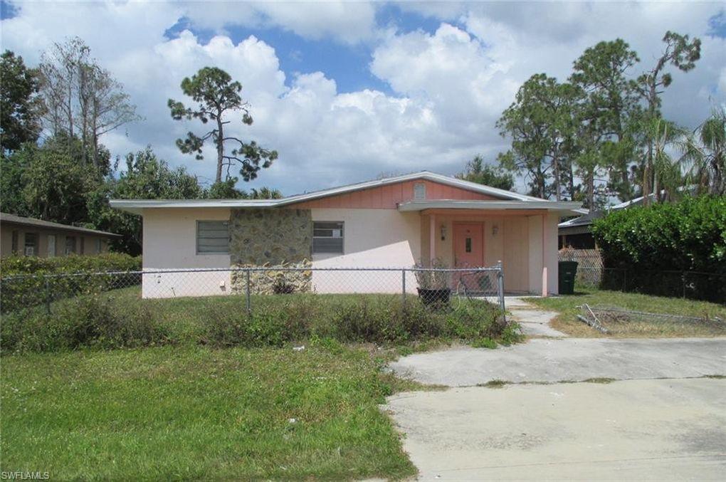 5317 Jennings St Naples, FL 34113