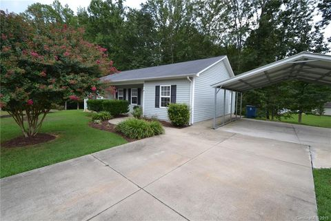 Photo of 112 Dundee Ct, Maiden, NC 28650