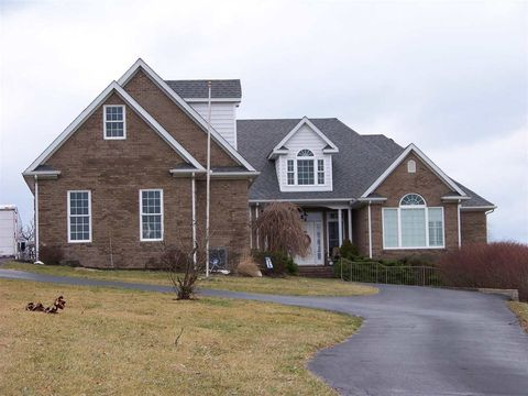 Photo of 6114 Parker Ln, Mayslick, KY 41055