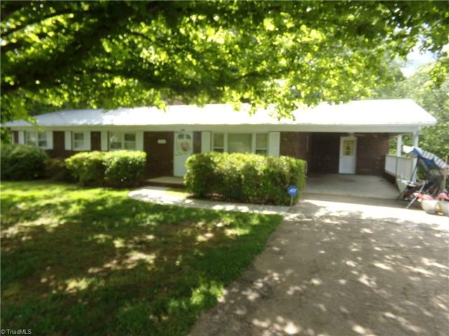 1933 Gold Hill Rd Asheboro Nc 27203 Realtor Com