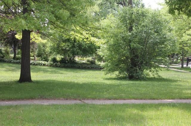 1004 Portsmouth Cir Lot 6 Gurnee, IL 60031