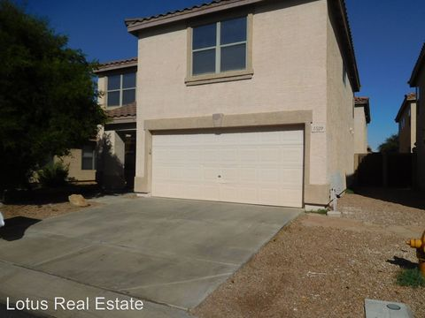 Photo of 1529 S Halsted Dr, Chandler, AZ 85286