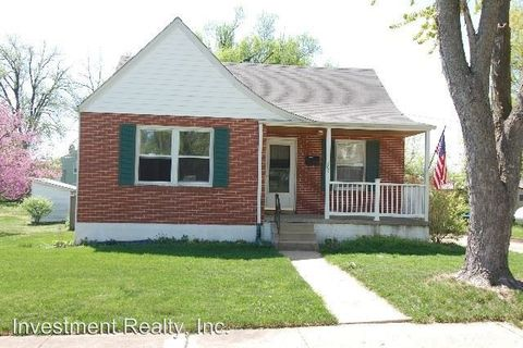 Photo of 807 W 12th St, Rolla, MO 65401