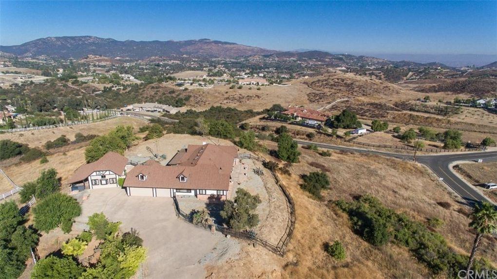 35875 Valle Vista Murrieta, CA 92562