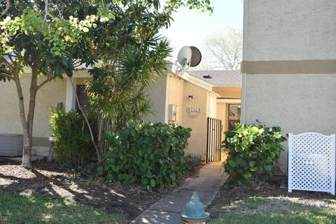 Photo of 1470 Sheafe Ave Ne Apt 103, Palm Bay, FL 32905