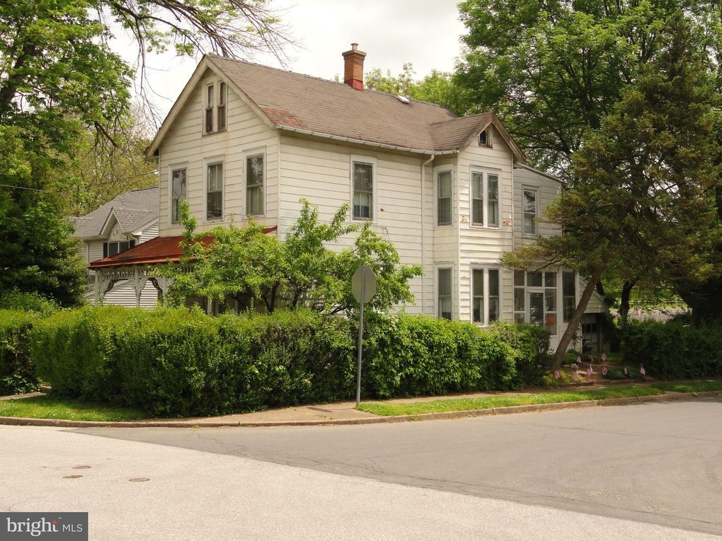 900 E Abington Ave Glenside, PA 19038