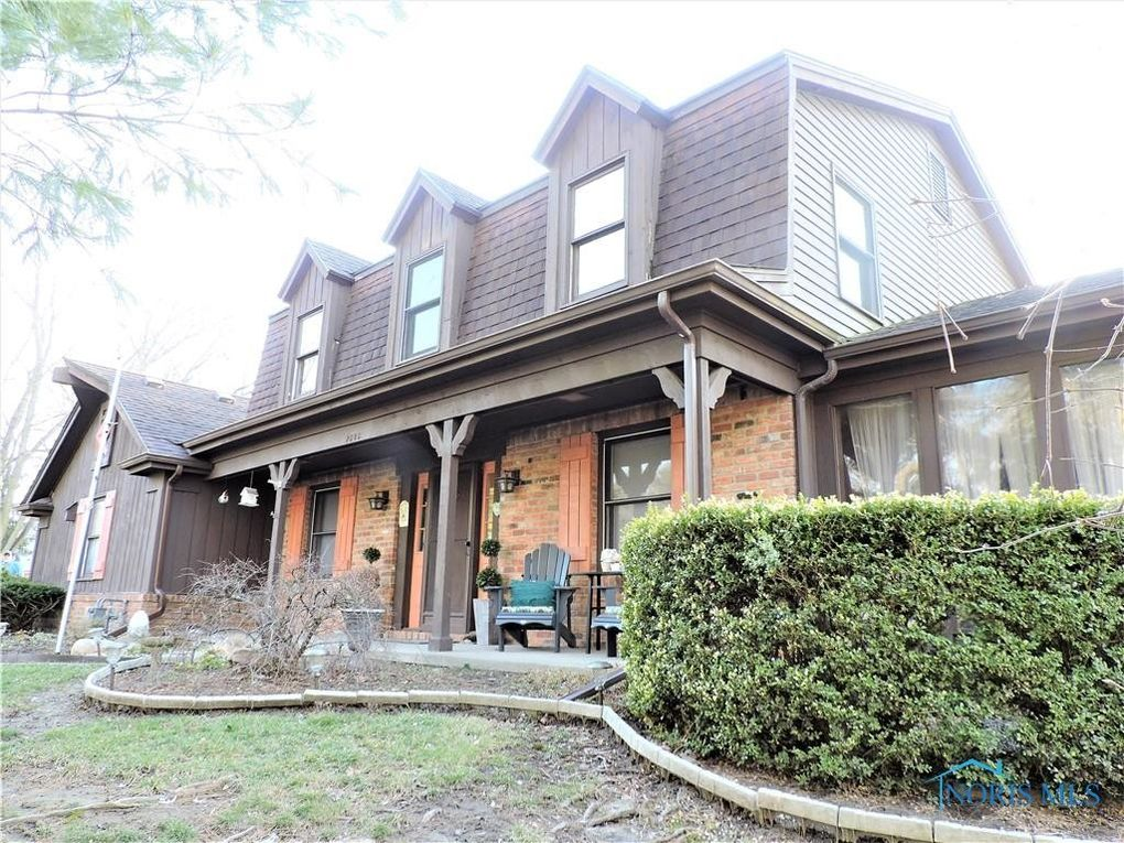 2505 Carriage Dr Toledo, OH 43615