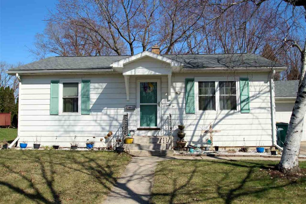 42 Wilson Ave Fort Atkinson, WI 53538