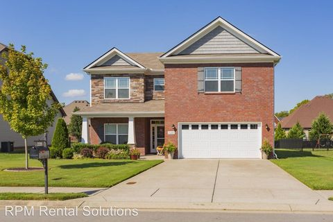 Photo of 2220 Burnside Dr, Murfreesboro, TN 37128