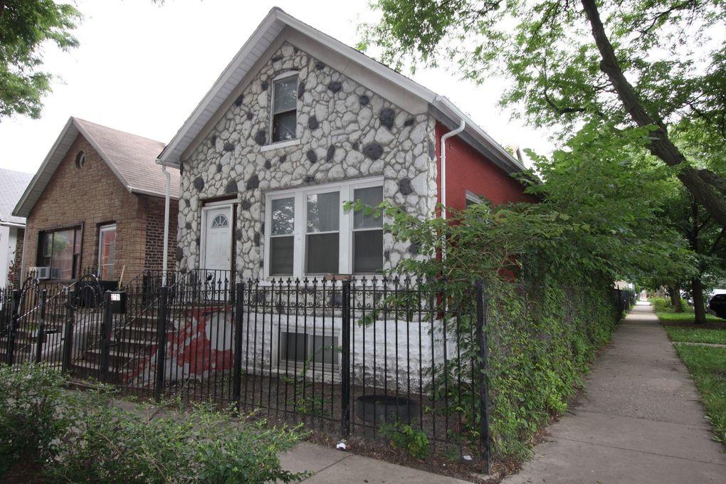 2725 W Iowa St Chicago, IL 60622