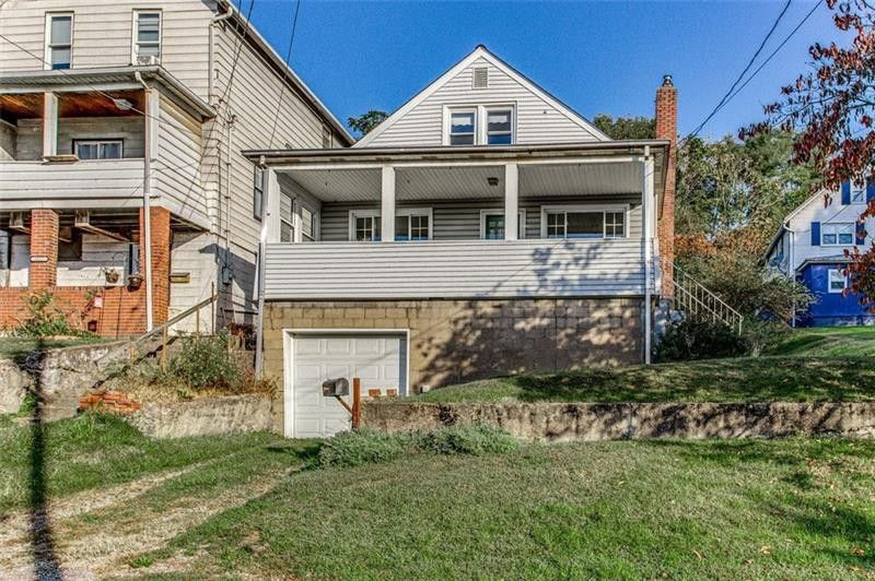 1321 8th Ave, Natrona Heights, PA 15065