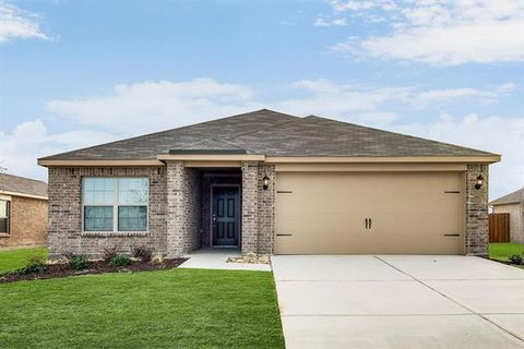 Photo of 4009 Lakeview Dr, Sanger, TX 76266