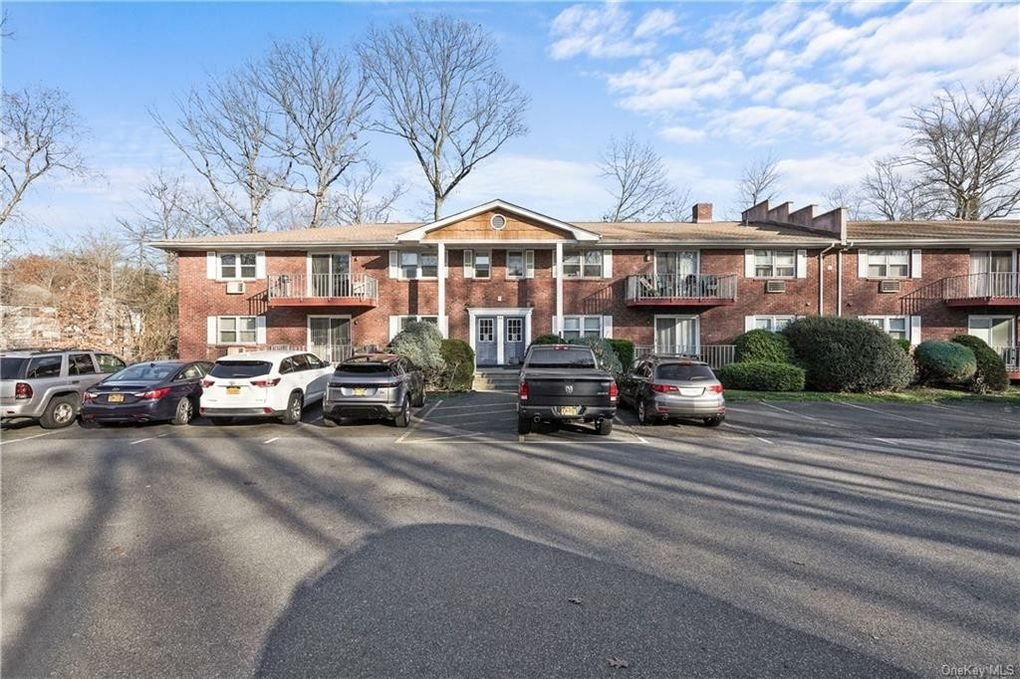 84 Demarest Ave Apt 19 West Nyack, NY 10994